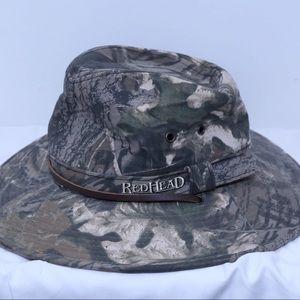 Red Head men's fishing camo hat